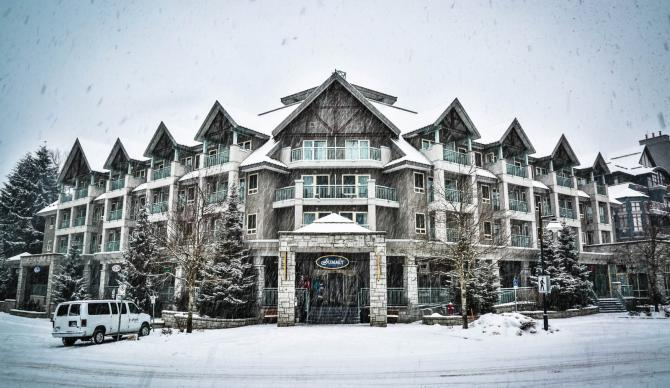 Summit Lodge Boutique Hotel in Whistler BC, Canada for CME, CLE, and CE